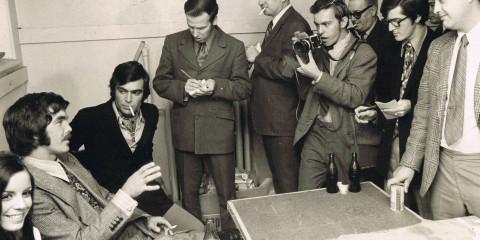 Loving-and-Laughing-stills-Boston-Bruin-Derek-Sanderson-publicity-event-Sept.-23-1970-31