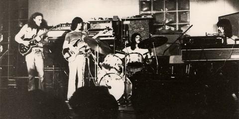 Ungava au Pavillon Pollack, novembre 1974 (extrait de la page Facebook dédiée au groupe).