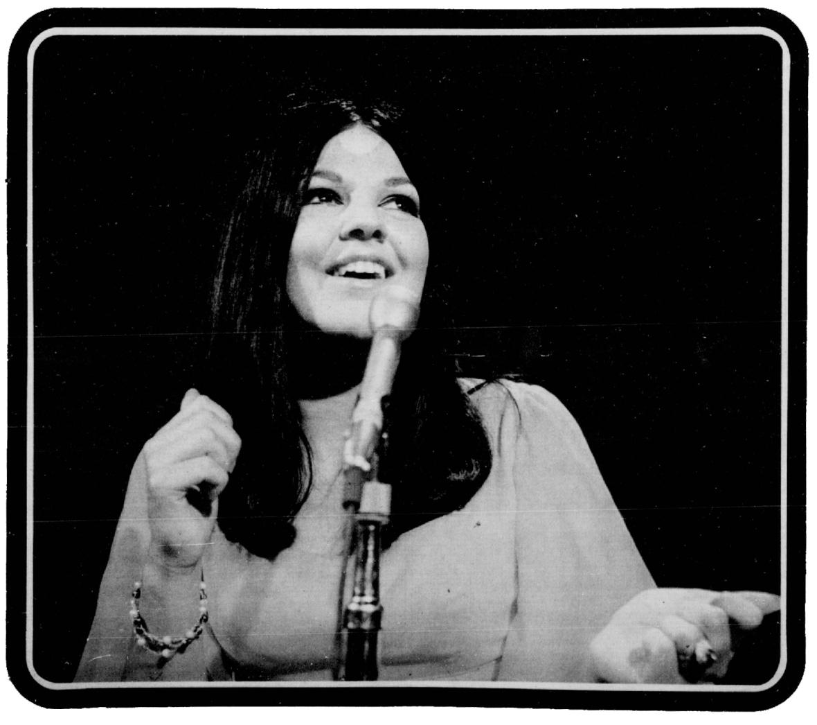 Michèle Richard (La Patrie, janvier 1972).