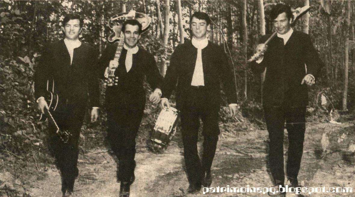 Les Fanatiques, vers 1965: Claude Côté, Guy-Lomer Couture (Muthy), Jacques Dechamplain & Richard Côté.